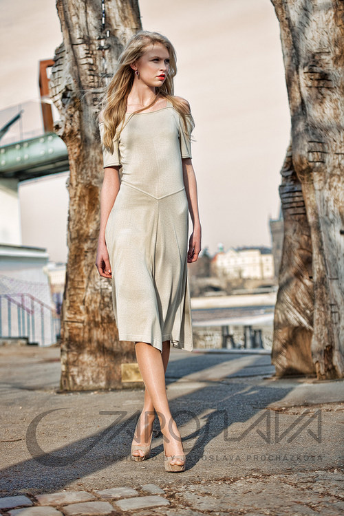 šaty s ramínkem i rukávkem SLEVA 30%