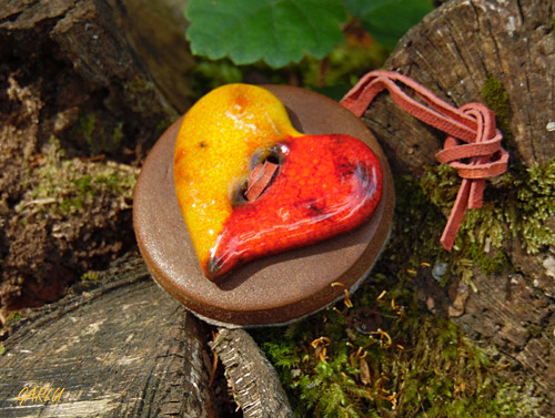 Srdce - přívěšek s keramickým knoflíkem