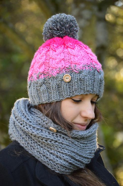 Pletený šedo-růžový set pro ženy