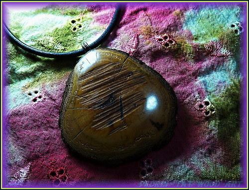338. Velký náhrdelník OLIVOVNÍK - Francie 2.