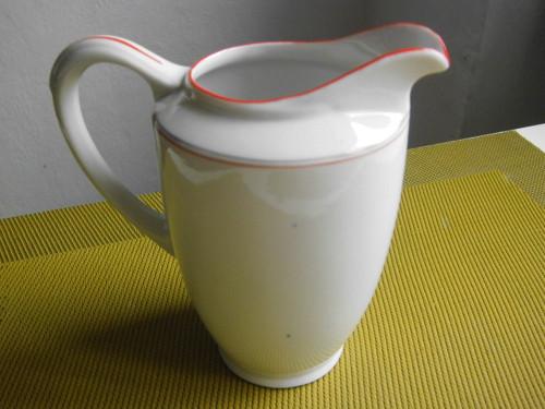 Mléčenka s červenou linkou