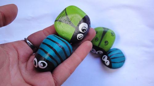 Malované kamínky - Brouci Zelenáči