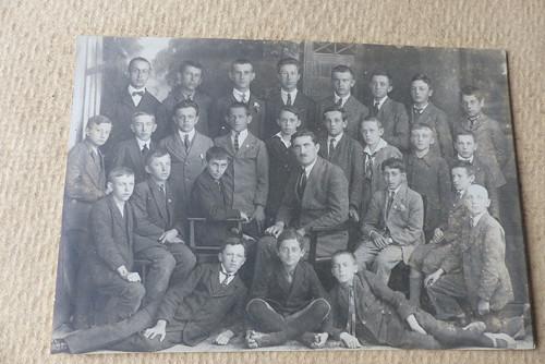 Chlapecká škola... stará fotografie 1923