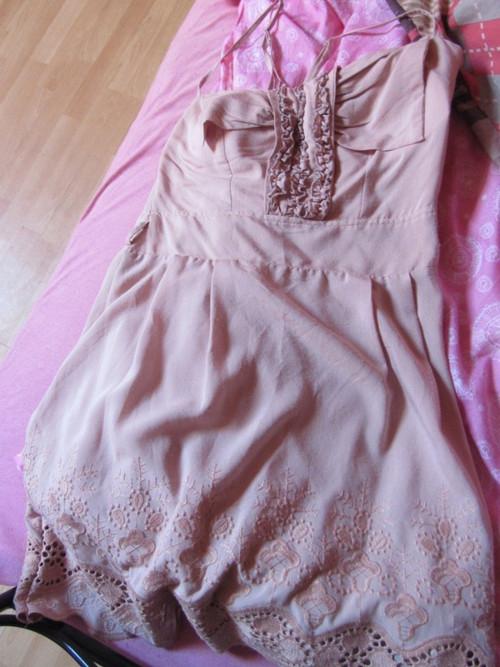 madeirové merunkové šaty ! sleva