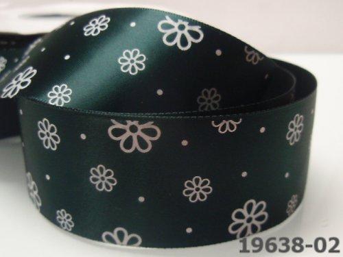 19638-B02 Stuha satén 38mm kytičky zelené tmavě