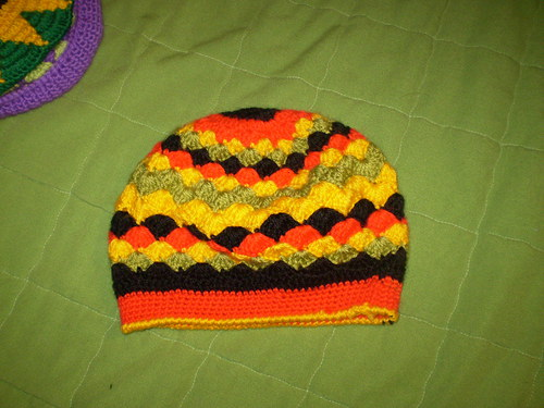 dětská čepička- baret   v rasta stylu