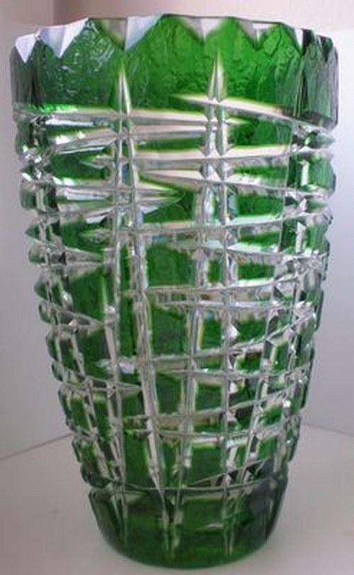 váza jarní zelená