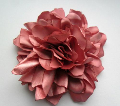 Pivoně do růžova...