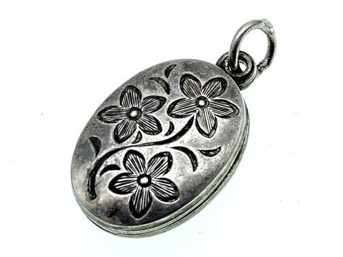 Starožitný stříbrný medailon na fotky