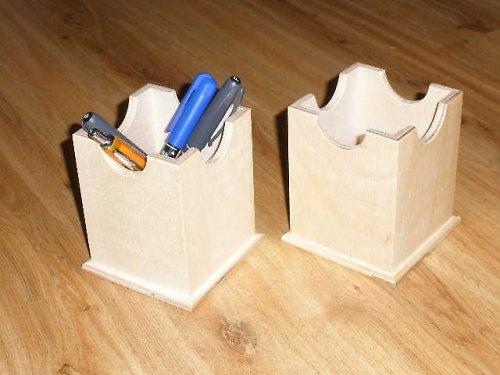 Stojánek na tužky - překližka
