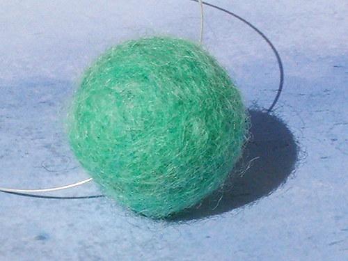 SLEVA-Zelená plstěnka na krk