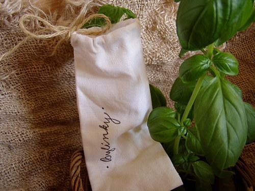 ručně malovaný sáček bylinky