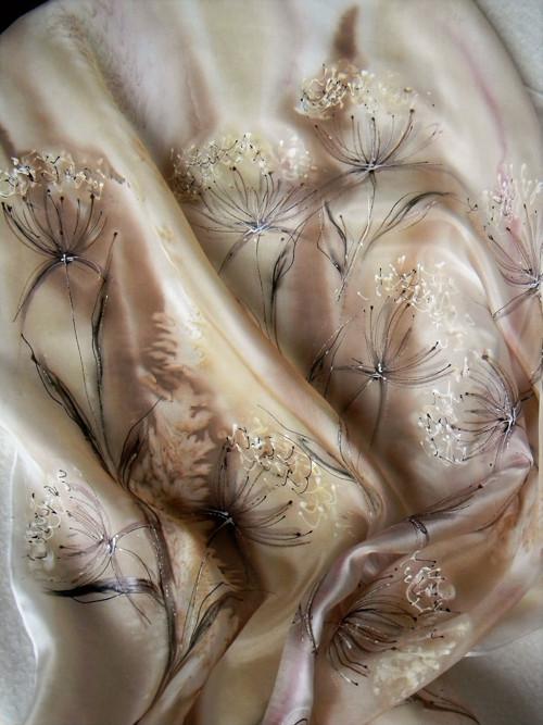 Podzimní louka / hedvábný šátek 75 x 75 cm/
