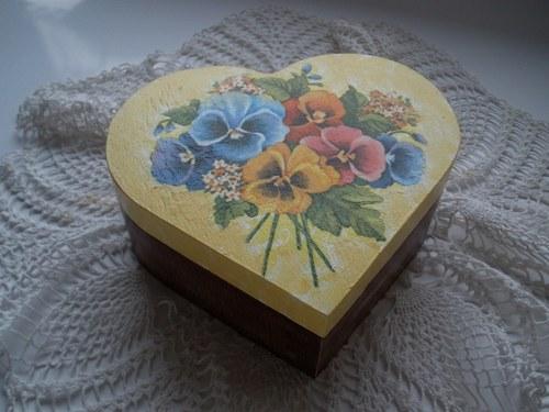 Srdíčko květinové