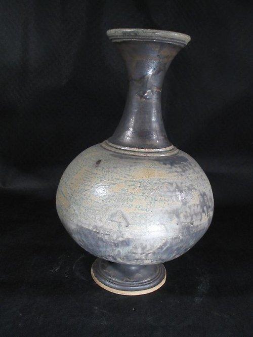 váza s mědí