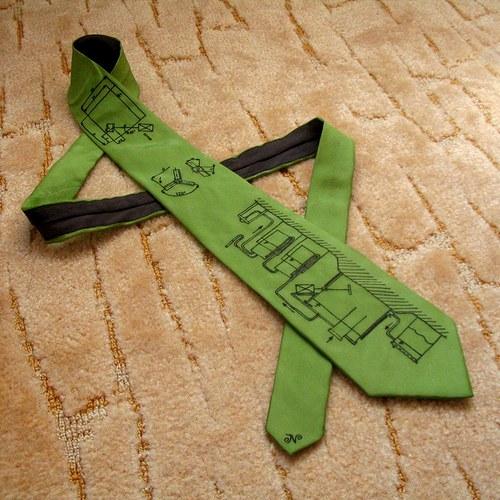 Zelená kravata se stavebním výkresem