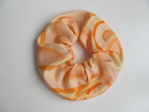 Gumička do vlasů oranžovožlutá
