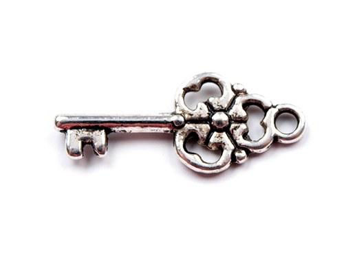 Kovová ozdoba Klíček