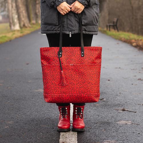 Maxi červená s černým vzorem