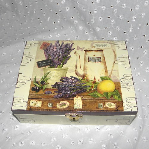 Krabička na čaj - levandulové zátiší s konvičkou
