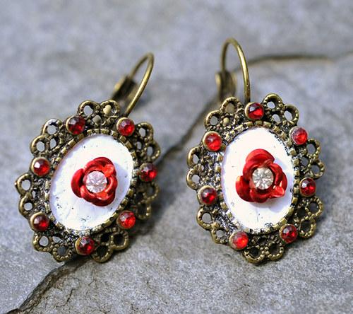 Náušnice-bílý smalt červené kamínky E0130W