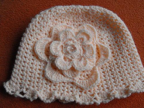 Jarní klobouček pro parádnice