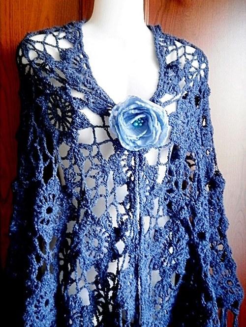 Lady DI  v tmavě modré