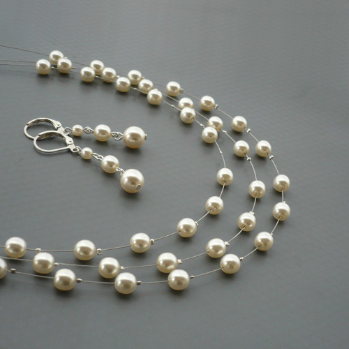 Smetanový perličkový třířadý náhrdelník - kulaté 6