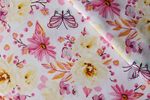 Žluté a růžové květy na bílé 100% bavlně