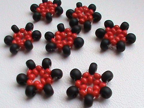 tvořilky-černočervené