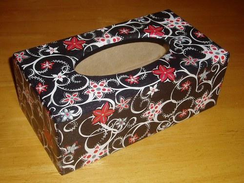 Krabička na kapesníky Vzory na černé