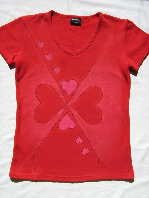 Srdíčkové dámské tričko