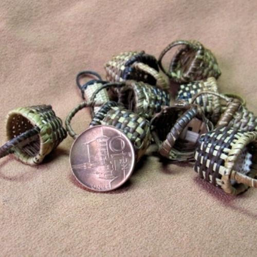 Miniaturní proutěné košíčky - materiál