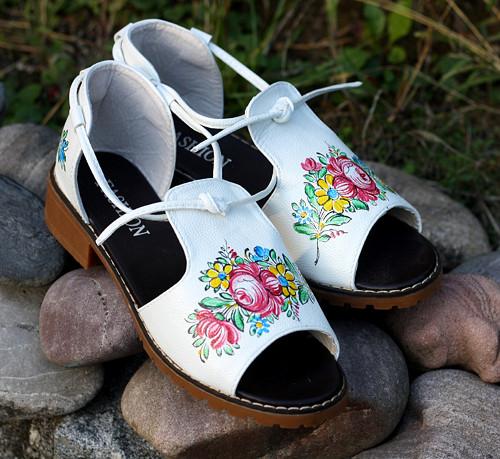Sandálky do sklépka nebo na cimbál