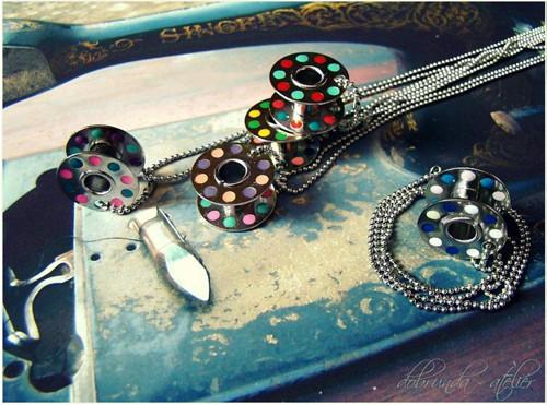 Singrovka VI - cívkový náhrdelníček