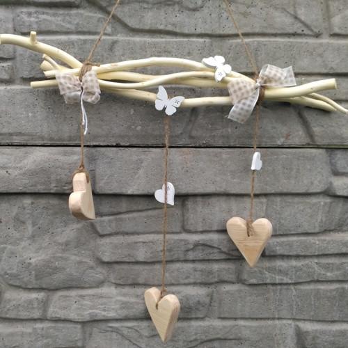 Závěsná dekorace - srdce přírodní dřevo