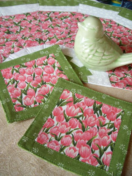 Tulipánková podkafíčka