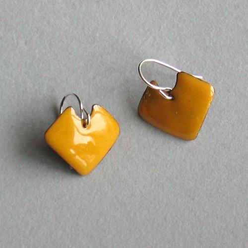 106 SmN - Yellow Kites