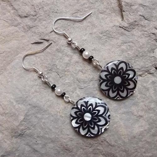Černo-bílé perleťovky