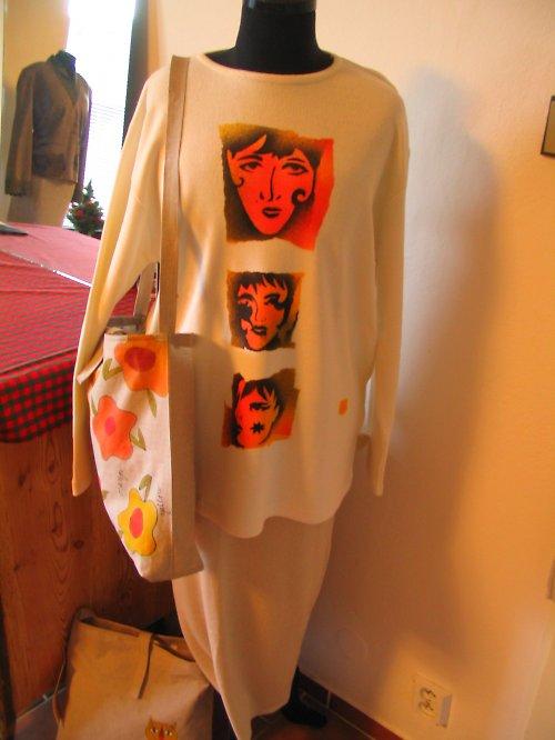 Bílý slabý svetr s ruční malbou