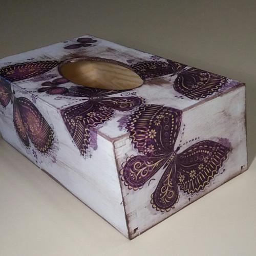 Krabička na kapesníky s motýly II.
