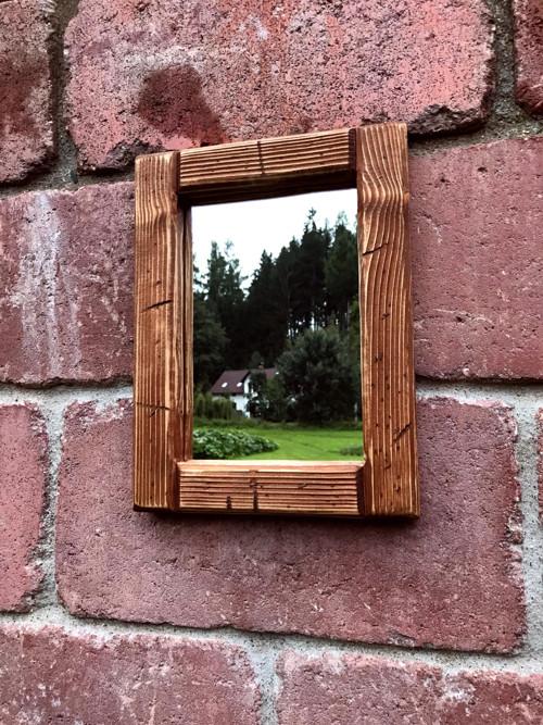 Zrcadlo v dřevěném rámu 23x30 cm - dárkový poukaz