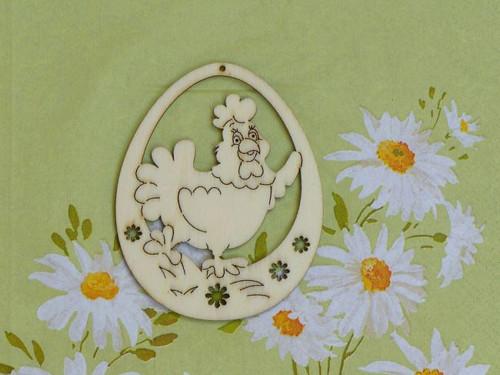 Vajíčko - slepička v trávě
