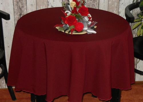 kulatý ubrus vínově červený o průměru 150 cm