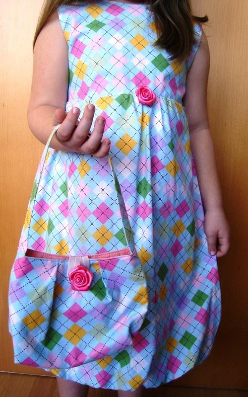 Šaty a kabelka pro malé slečny II.