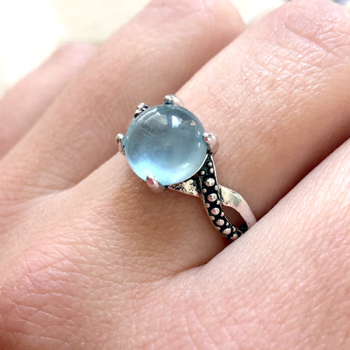 Vintage elegantní prsten s akvamarinem