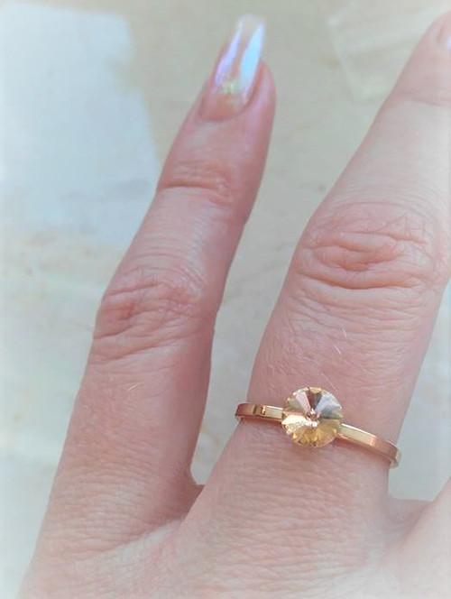 Něžný stříbrný prsten, pozlacený