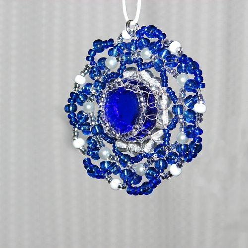 Klasika - ve švestkově modré......