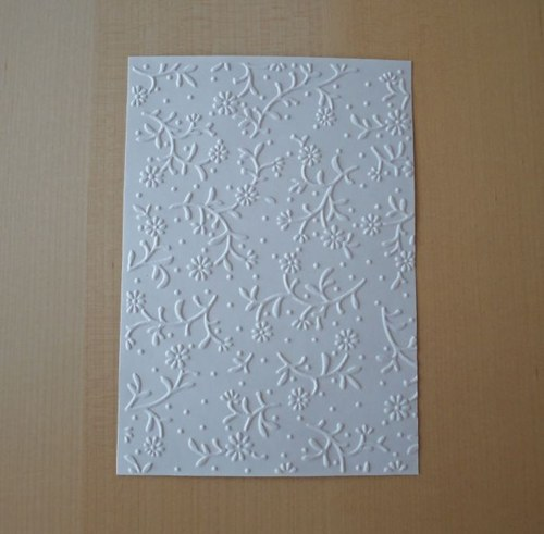 Embosovaná stránka A6 bílá - kytičky 1ks