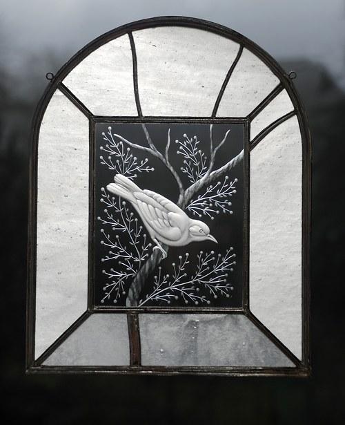 Taraga - ryté sklo